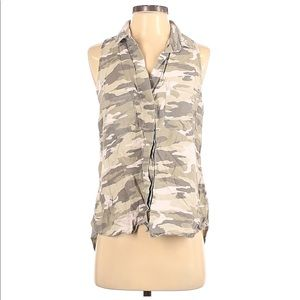 Anthropologie Cloth and Stone Sleeveless Camo Top